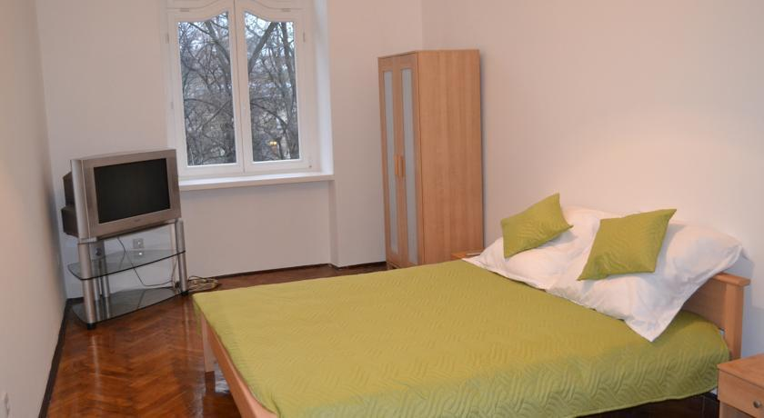 Agava Guest Rooms & Apartments