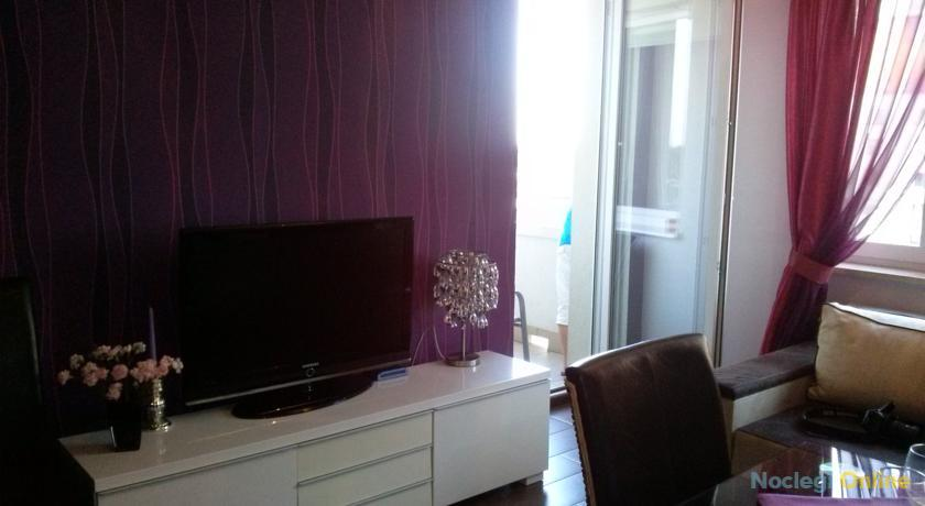 Apartament Fioletowy