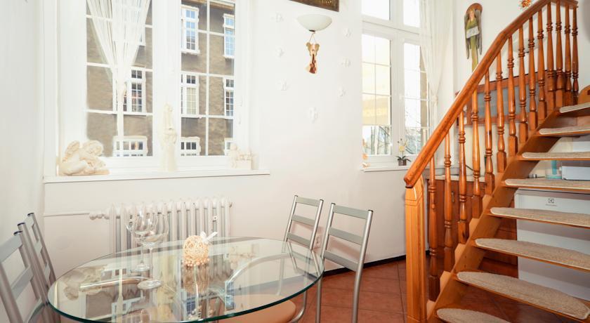 Apartament z Antresolą na Gdańskiej Starówce