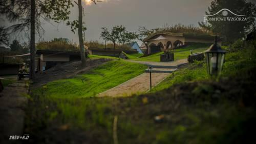 Apartamenty całoroczne w domkach Hobbitowe Wzgórza