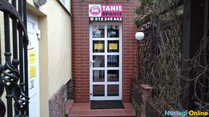 Apartamenty i Hostel MEGA Tanie Spanie