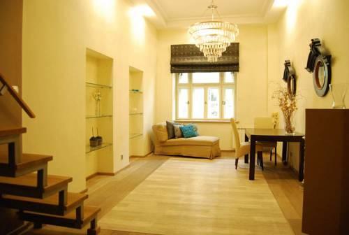 Apartment4You Hoża II