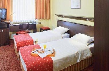 Ascot Hotel ***