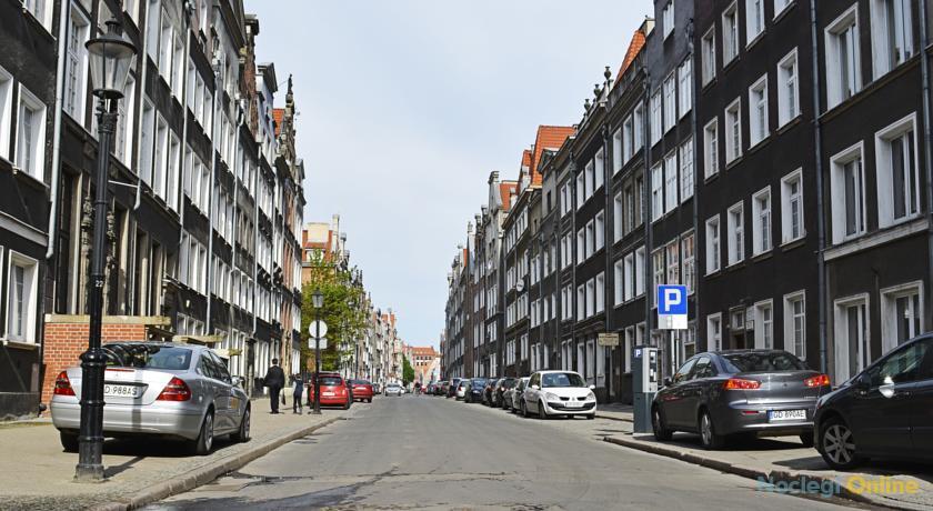 Bently Apartments Ogarna