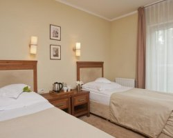 BEST WESTERN Villa Aqua Hotel **