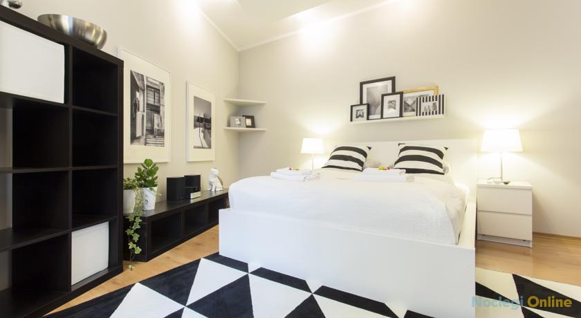 Black&White Apartment