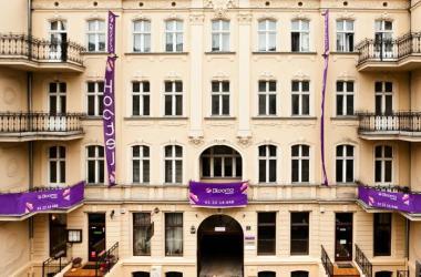 Blooms Boutique Hostel Poznan