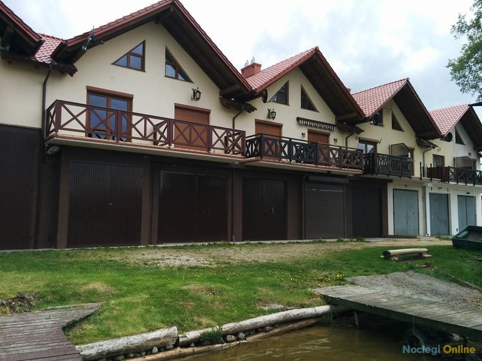 Chata nad Jeziorakiem