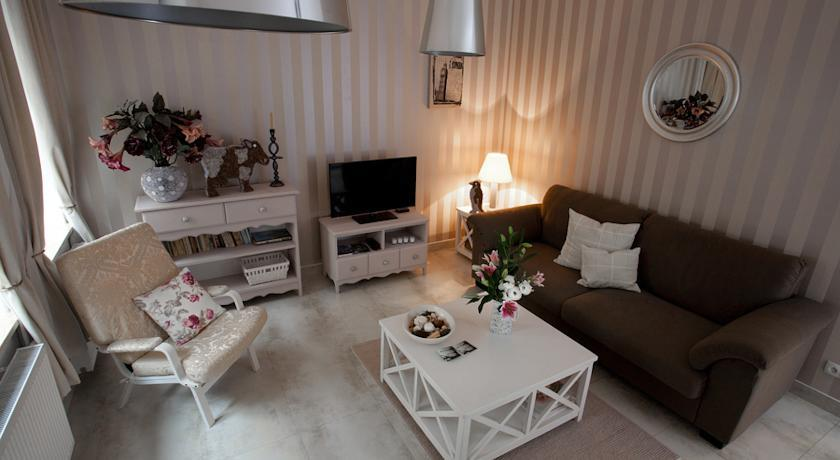 Chodkiewicza Apartment by Amstra Luxury Apartments