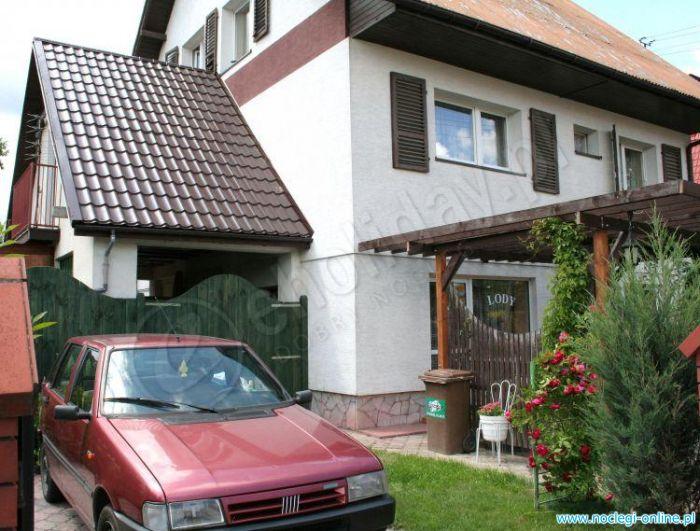 Dom Gośćinny - tanie noclegi i pokoje