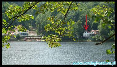 Dom Letni nad jeziorem w górach Sowich