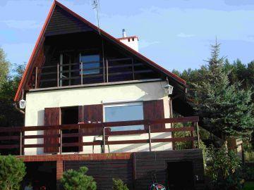 Dom letniskowy nad jeziorkiem - OSTRZYCE