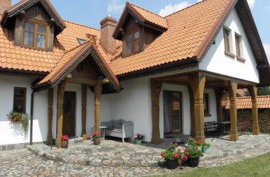 Dom Warmia komfortowy dom całoroczny w Pluskach koło Olsztyna