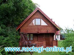 Dom z drewna / Ruciane Nida