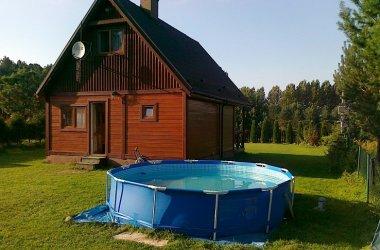 Domek Marzeń nad jeziorem