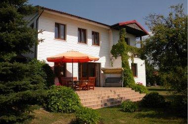 Domki letniskowe nad Jeziorem Skulsk-(STARY SAD)