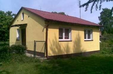Domki nad jeziorem Lubie