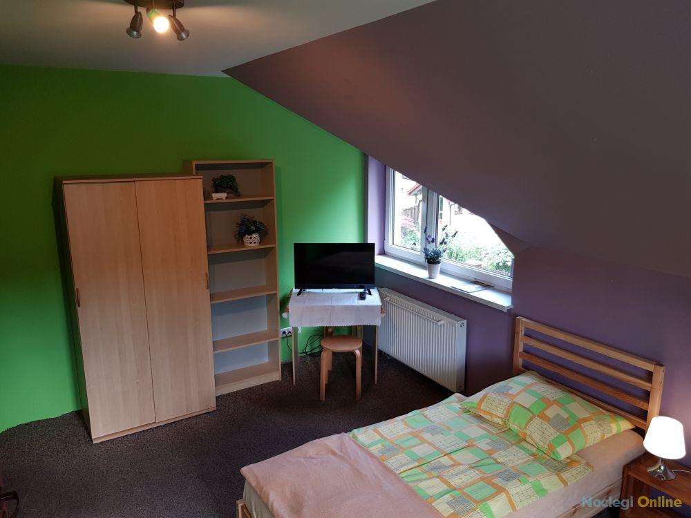 """""""E-rooms"""" Pokoje gościnne & Apartamenty KRAKÓW"""