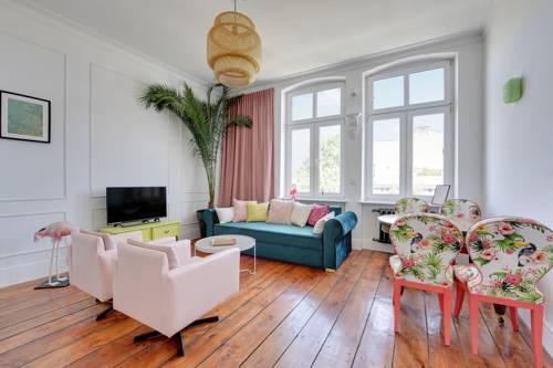 Flats For Rent - Kamienica Artystów
