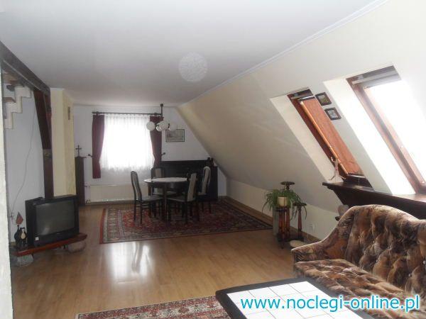 Piętro domu-mieszkanie 60m2