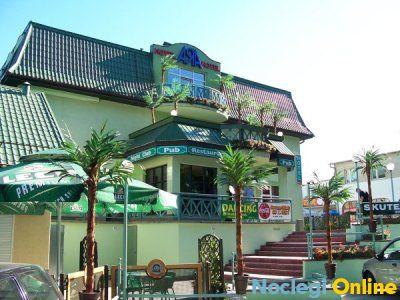 Hotel Ara **