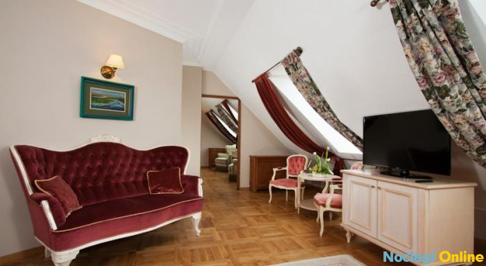 Rubinstein Residence ****