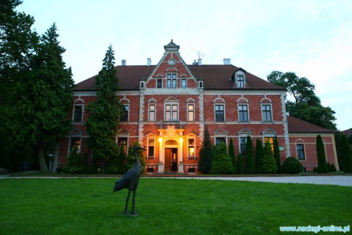 Pałac w Leźnie