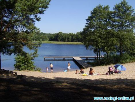 Bory Tucholskie - jeziora - domki