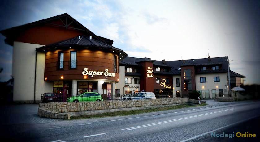 Hotel Azalia & Spa ***