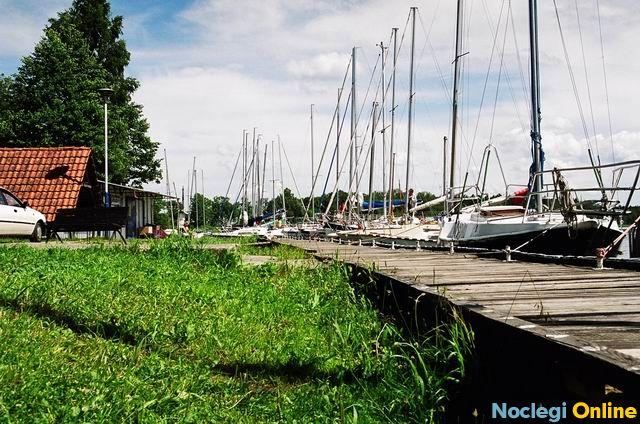 Port Kozin na szlaku Wielkich Jezior Mazurskich