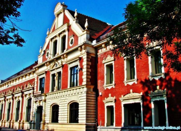 Adria - Restauracja - Centrum Biznesowe