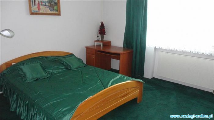 Tanie pokoje z łazienkami, Apartament Gynia Orłowo/Sopot Parking