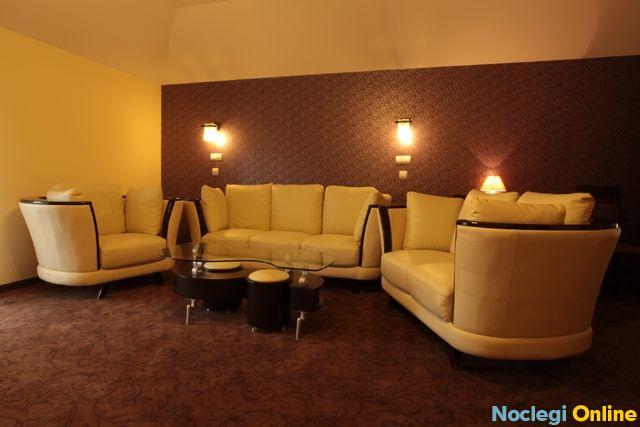 Hotel Alta**