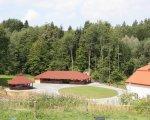 Dwór Maria Antonina malowniczy teren parku