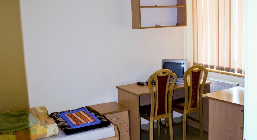 Pokoje Hotelowe Wyższej Szkoły Informatyki i Umiejętości w Łodzi