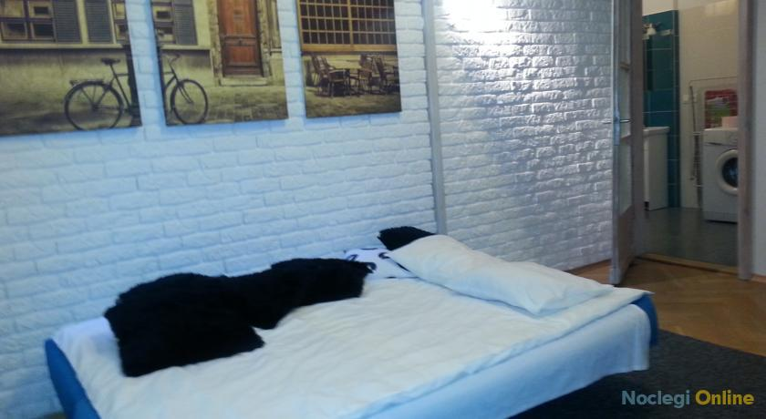 Antresola Apartment