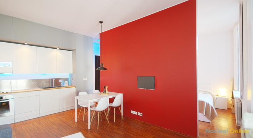 True Crimson Apartment-Old Cracow