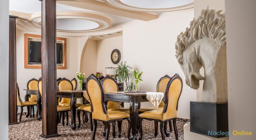 Hotel & Restauracja Gniecki