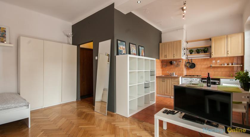 BIZZI LuxMoko Studio