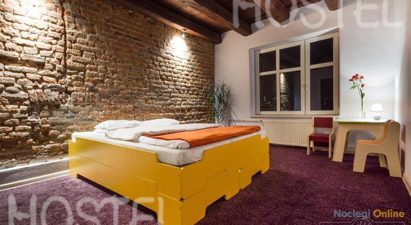3 Bros' Hostel Cieszyn