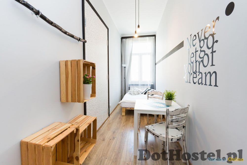 DOT Hostel - pokoje i noclegi w centrum Bielska