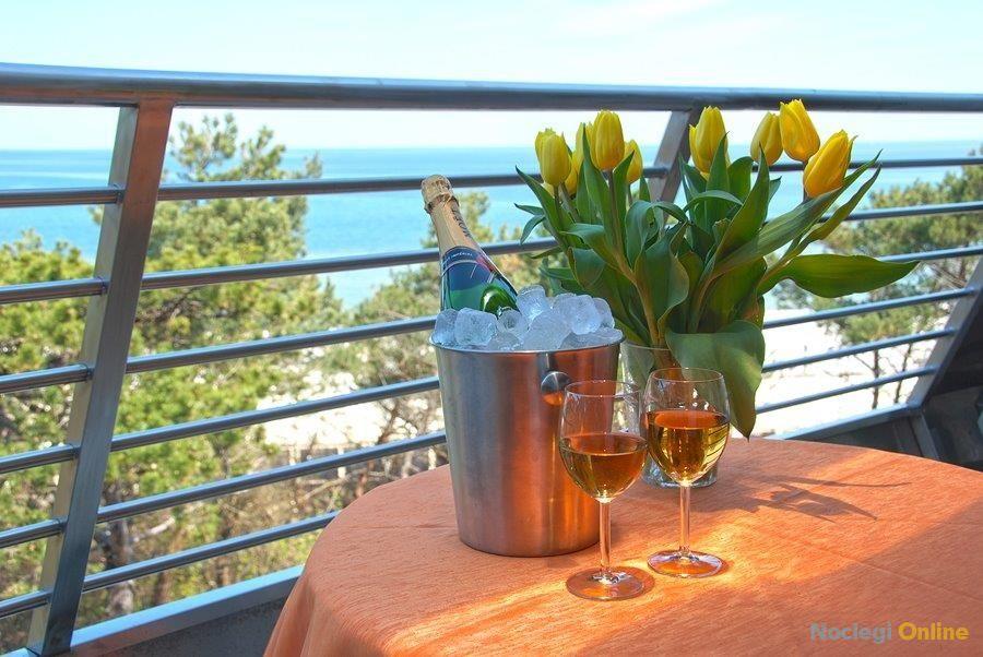 APARTAMENT luksusowy, 2 pokojowy z widokiem na morze w Hotelu SPA DOM ZDROJOWY****