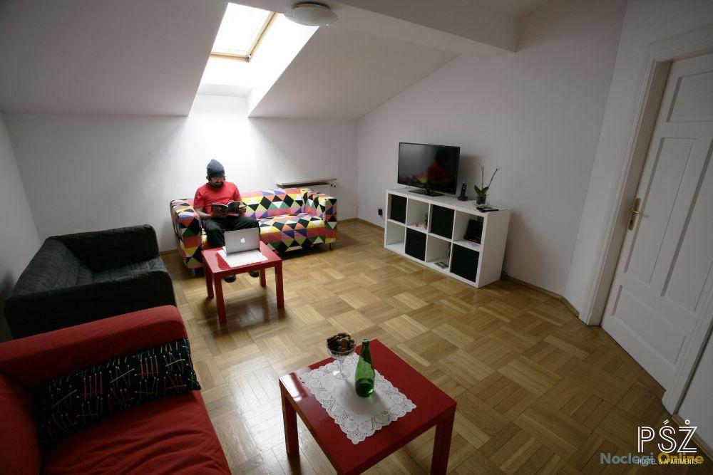 PŚŻ Hostel & Apartments