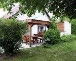 Domy na Mazurach, nad jeziorem Ryńskim