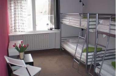 100TEN Hostel