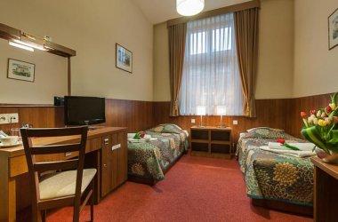 Alexander II Hotel ***