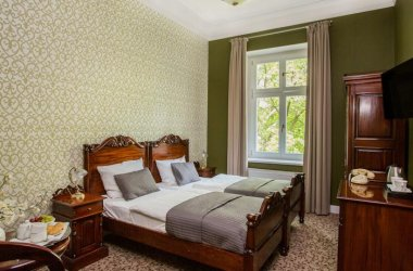Hotel Dębowy ***