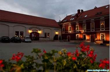 A' PROPOS Hotel, Restauracja, Club ***