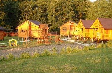 Drewniane domki w Bieszczadach