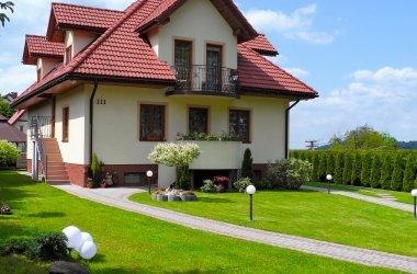 Domki całoroczne i pokoje nad Soliną
